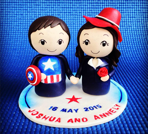 Captain_America_&_Peggy_Carter_Wedding_Cake_Topper